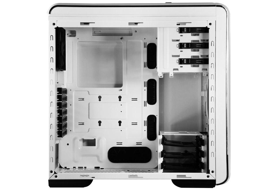CM 690 III White-1