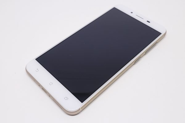 ZenFone3Max-10