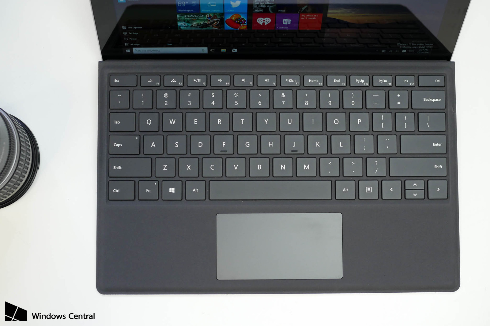 SurfacePro4-TypeCover-US-1