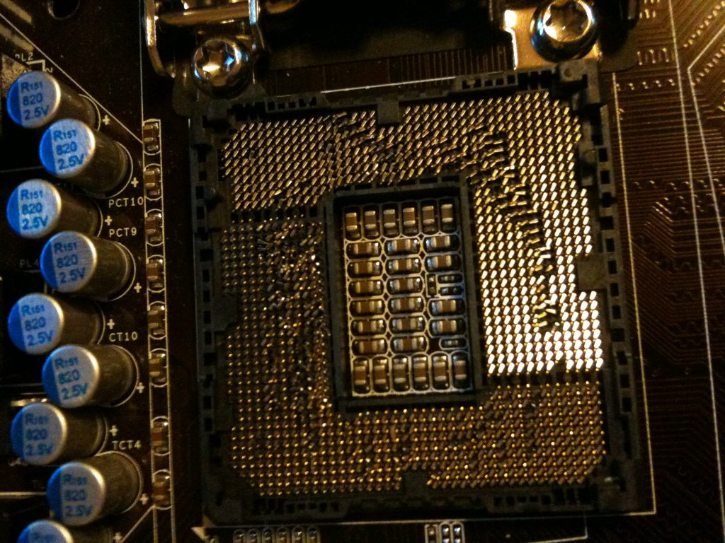 motherboard-pin-broken.